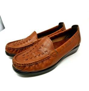 SAS Comfort Brown Moc Toe Loafers 928